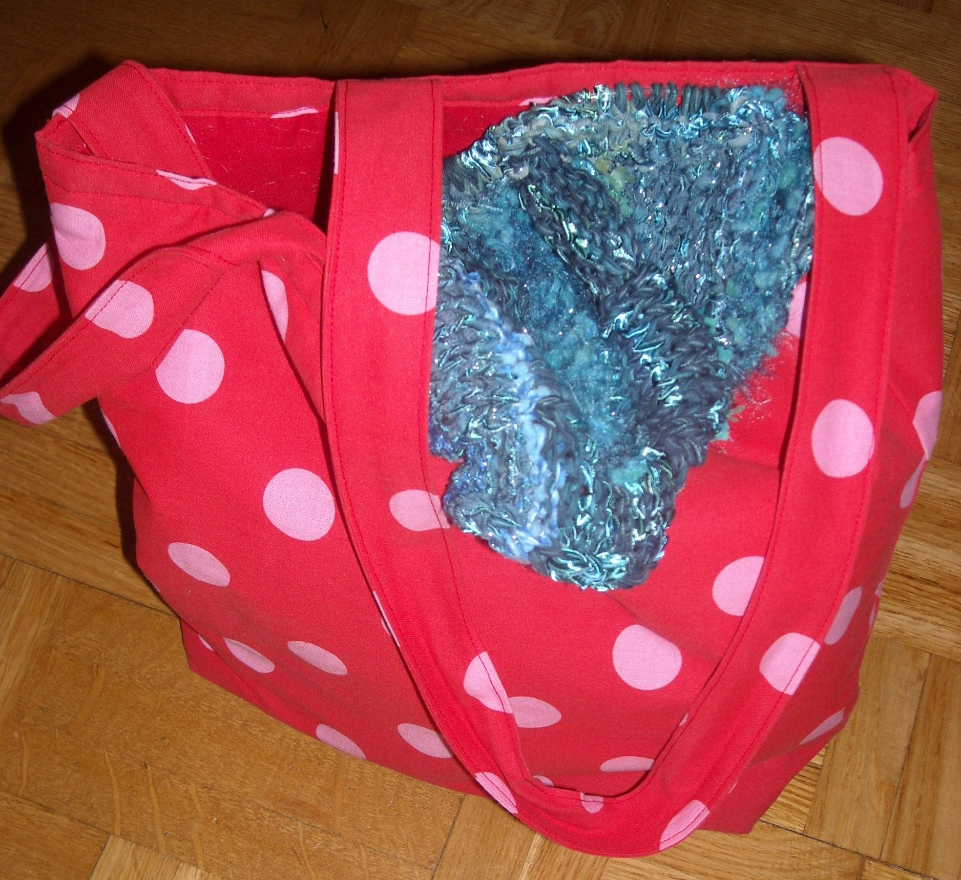 Prickiga Stickfrossa väskan